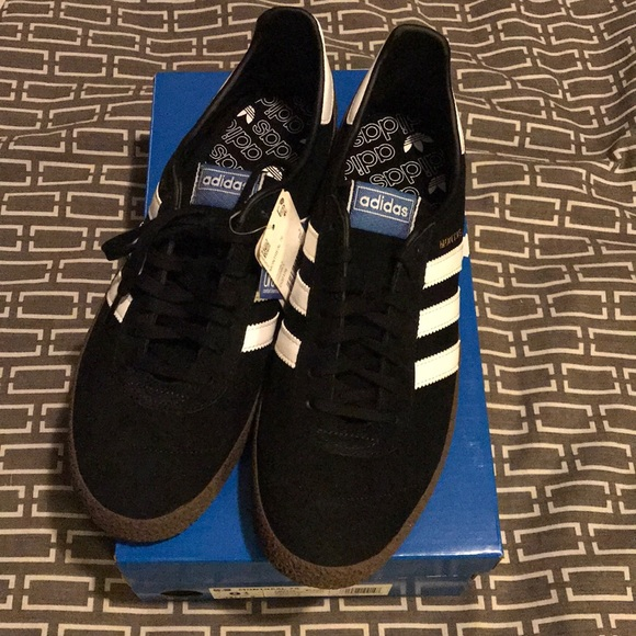 Adidas Montreal 76 Sneakers NWT (Size 9.5) NWT